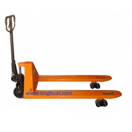 3.0 TON PALLET TRUCK * Images are for illustrative purposes only*
